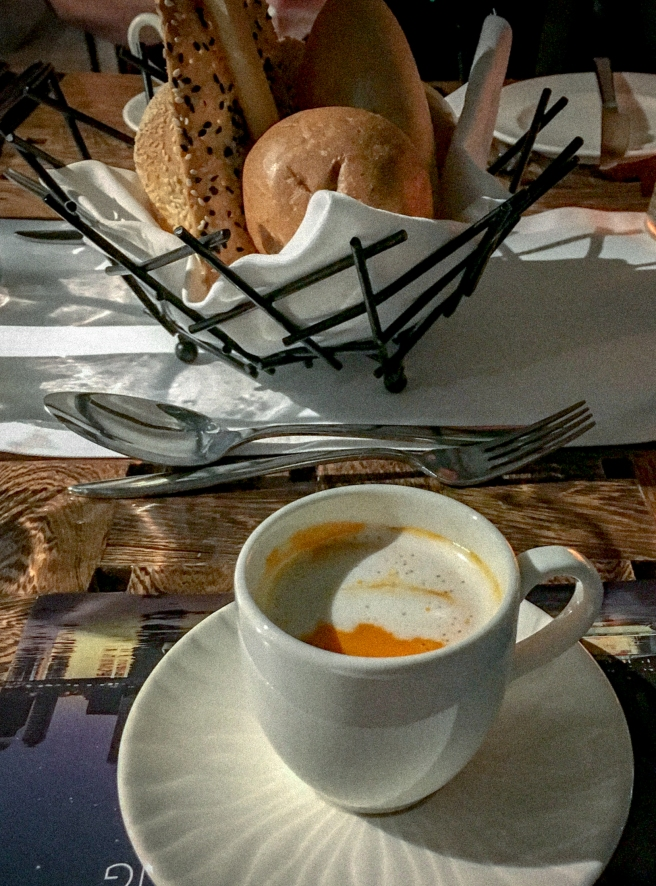 BateauxDubai.TomatoSoup.jpg